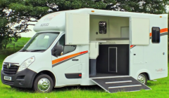 Hanson Twin HorseBox